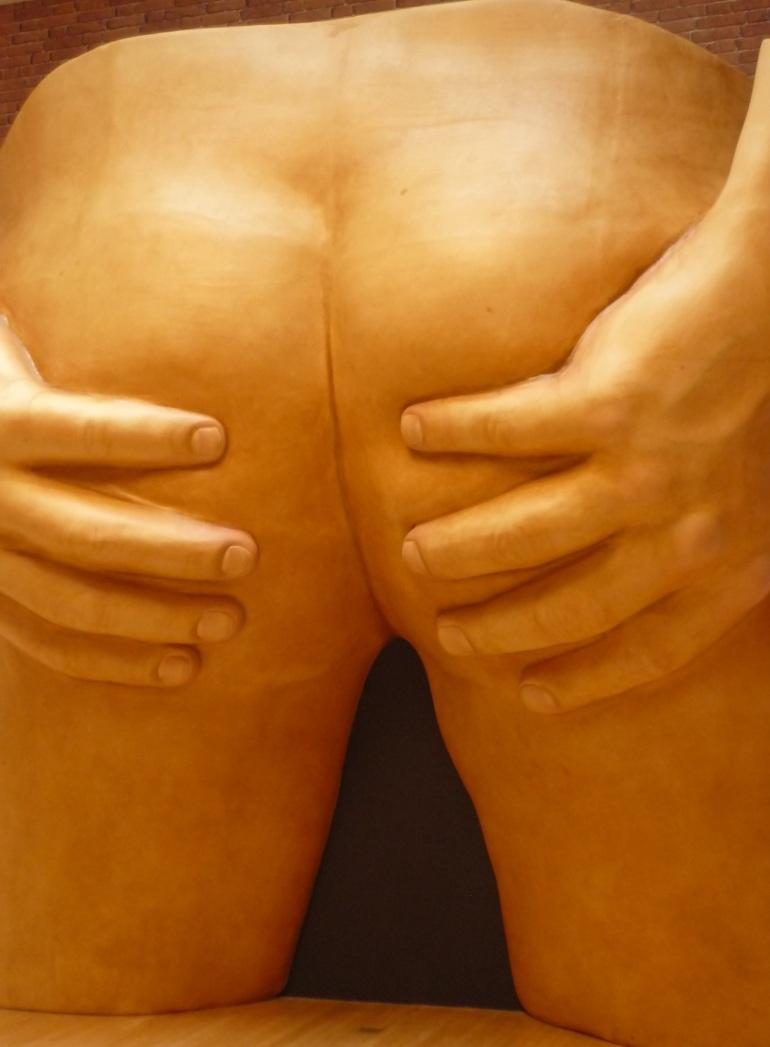 anthea-hamilton-buttocks